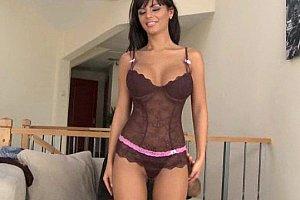 Amazing Body Beautiful Romanian